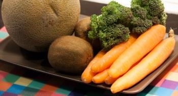 Χυμός πράσινων λαχανικών και φρούτων
