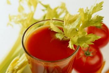 Χυμός λαχανικών με βάση την ντομάτα